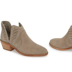Vince Camuto Pevista Booties